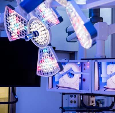 операционные светильники Surgiris в IRCAD