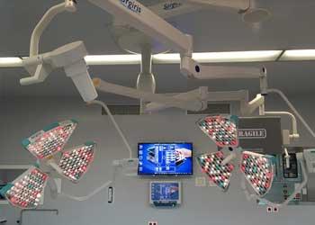 Операционные светильники Surgiris X3MT в клинике Erasme, Брюссель